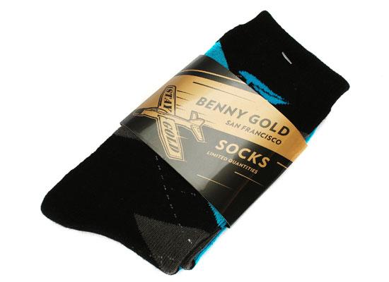 b_gold_argyle_socks_blue_ex