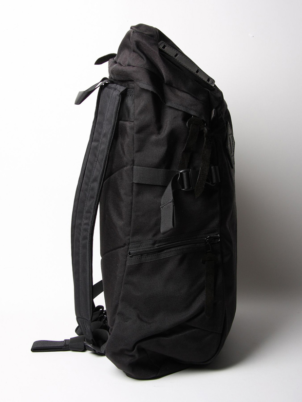 Hobo-Arai-Tent-Slope-Celspun-Canvas-Bag-02