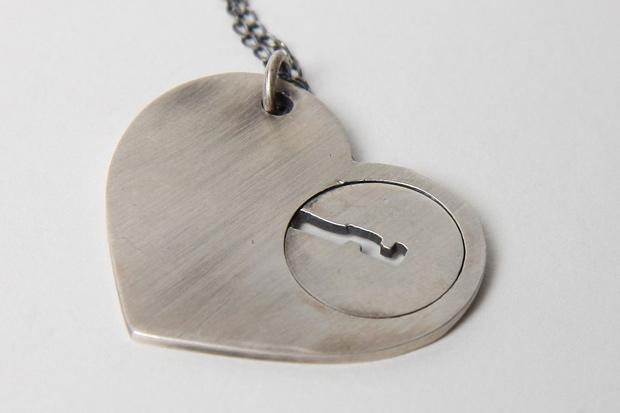 Toby-Jones-Lonely-Hearts-Club-Lock-Pendant-Necklace-01