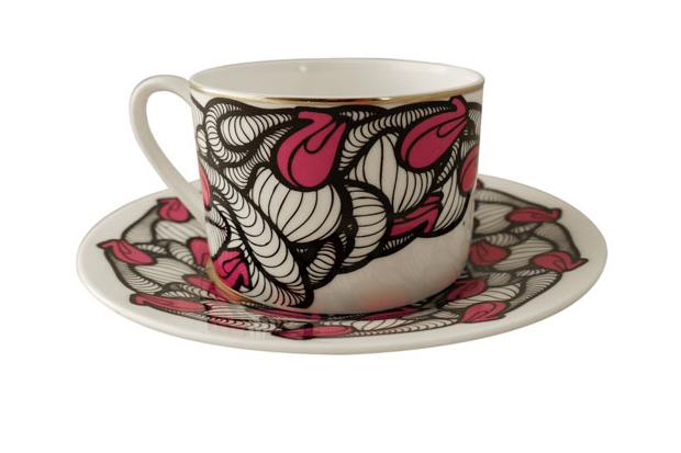 Insa-Graffiti-Fetish-Tea-Set-01