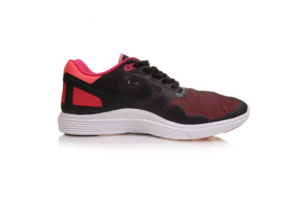Nike-LunarFlow-04