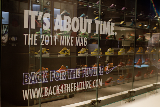 Nike-2011-MAG-London-Auction-34