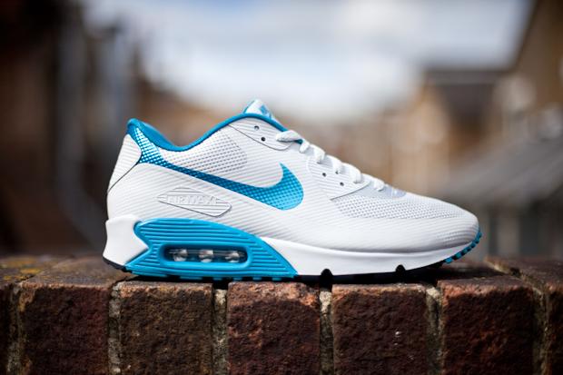 Nike Air Max 90 Hyperfuse (Platinum/Dynamic Blue)