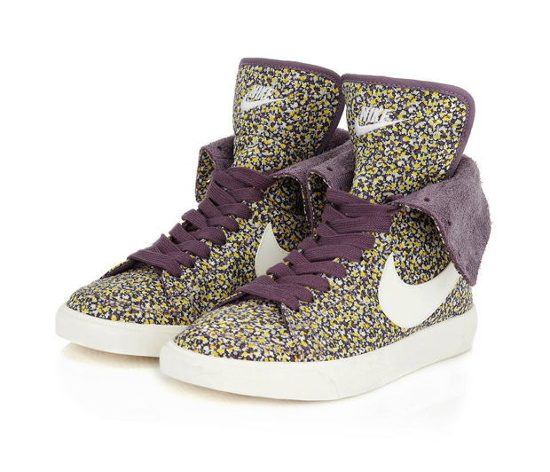 Nike-Liberty-London-Pepper-Print-Blazer-High-Roll-01