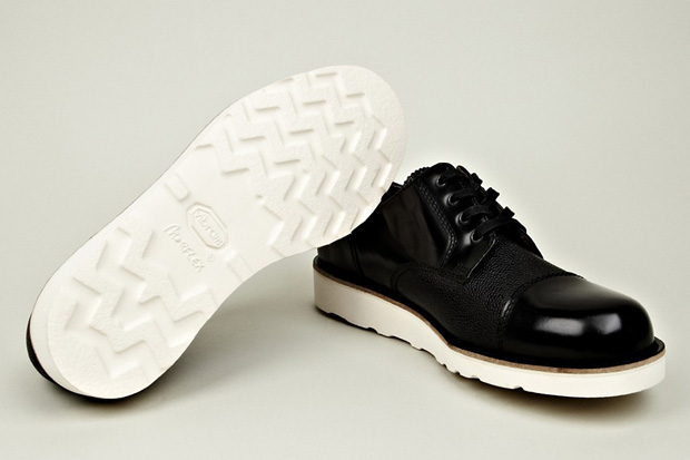 Carven-Leather-Mix-Shoe-Vibram-Black-02