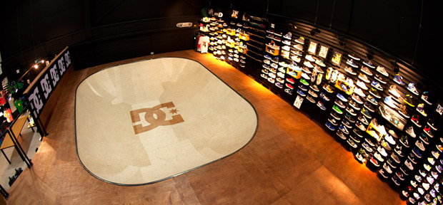DC-Shoes-UK-Skateable-Showroom-Bowl-01