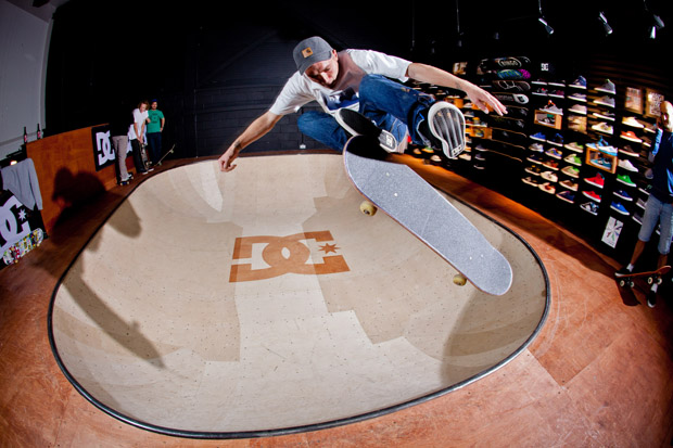DC-Shoes-UK-Skateable-Showroom-Bowl-03