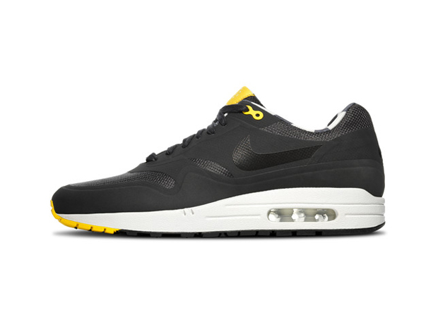 Nike Air Max HomeTurf Series 03