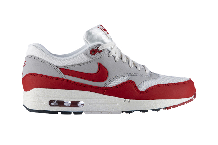 Nike Air Max Reinvent 25 Years Exhibition Matt Box Air Max 1 01