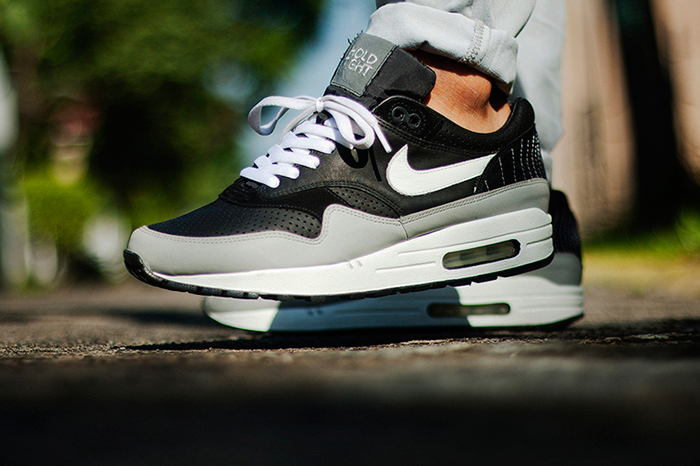 Ben Drury x Nike Air Max 1 Hold Tight 01