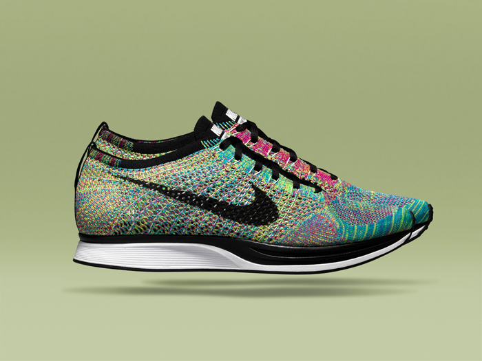 Nike FlyKnit Racer Europe Exclusive 01