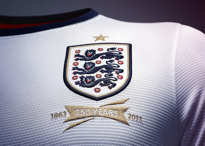 Nike announce first England football kit 04