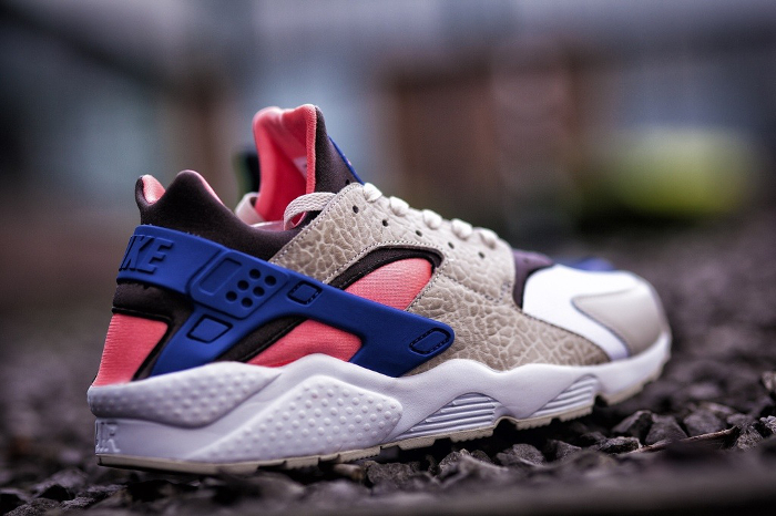 Nike-Air-Huarache-LE-size-exclusives-2013-2