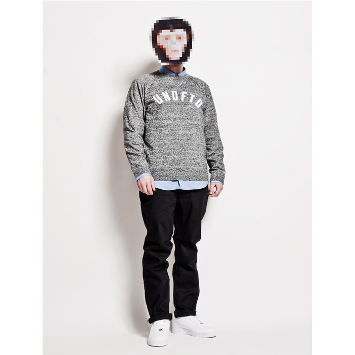 The-Chimp-Store-Present-Styled-02
