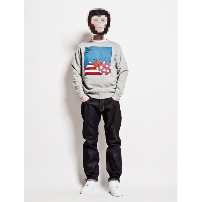 The-Chimp-Store-Present-Styled-04