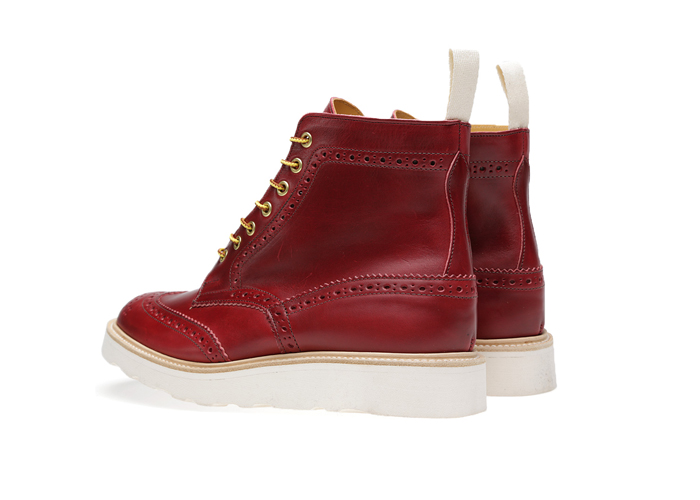 END-Trickers-Vibram-Sole-Stow-Boot– A-Guide-to-Construction-16