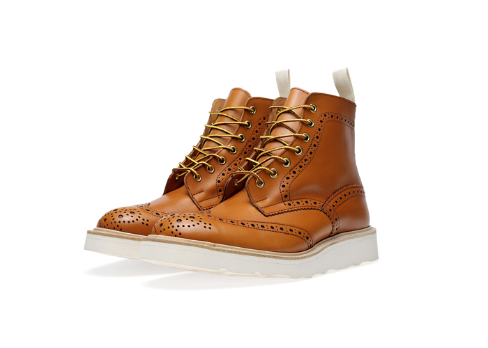END-Trickers-Vibram-Sole-Stow-Boot– A-Guide-to-Construction-18