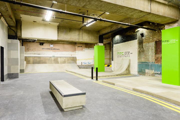 HTC-One-Skatepark-at-Selfridges-3