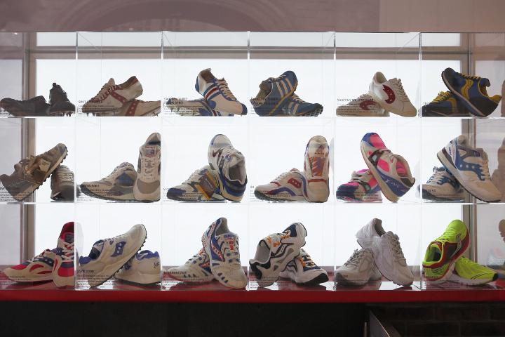 Inside-Saucony-Originals-Story-of-Running-Store-3