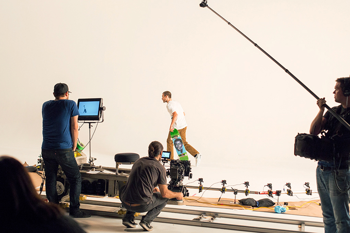 Behind-the-scenes-Nike-SB-Fit-To-Move-lookbook-The-Daily-Street-015x