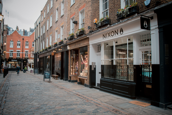 Nixon Carnaby Store London 002
