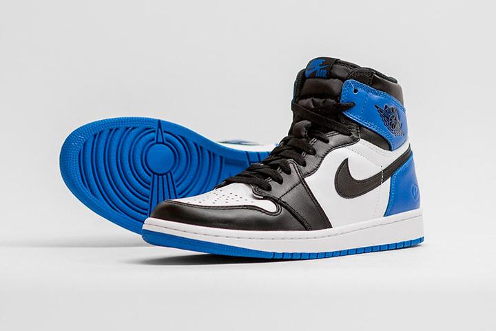 Nike-fragment-design-Air-Jordan-1-Sport Royal-04