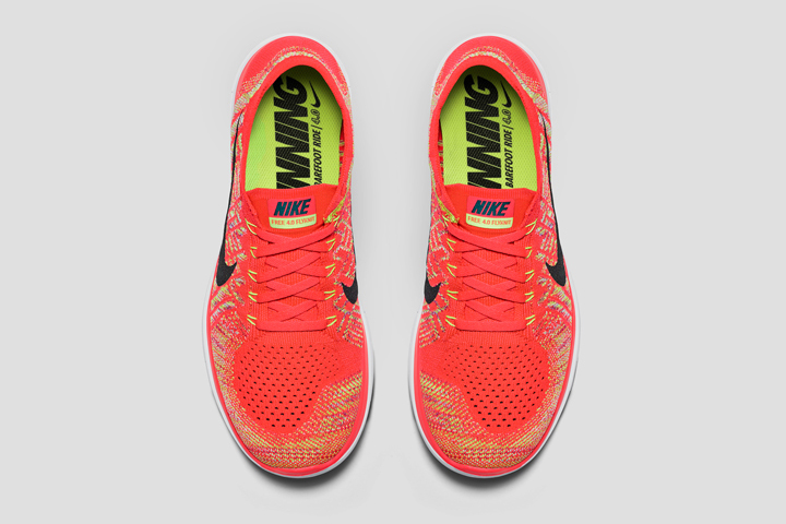 Nike_Running_SU15_STNDRD_486661_330_TOP_flip.psd