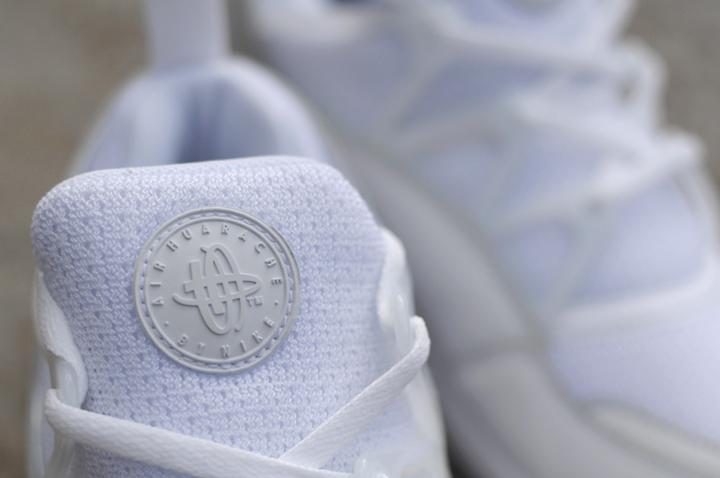 Nike Air Huarache Light Triple White 03