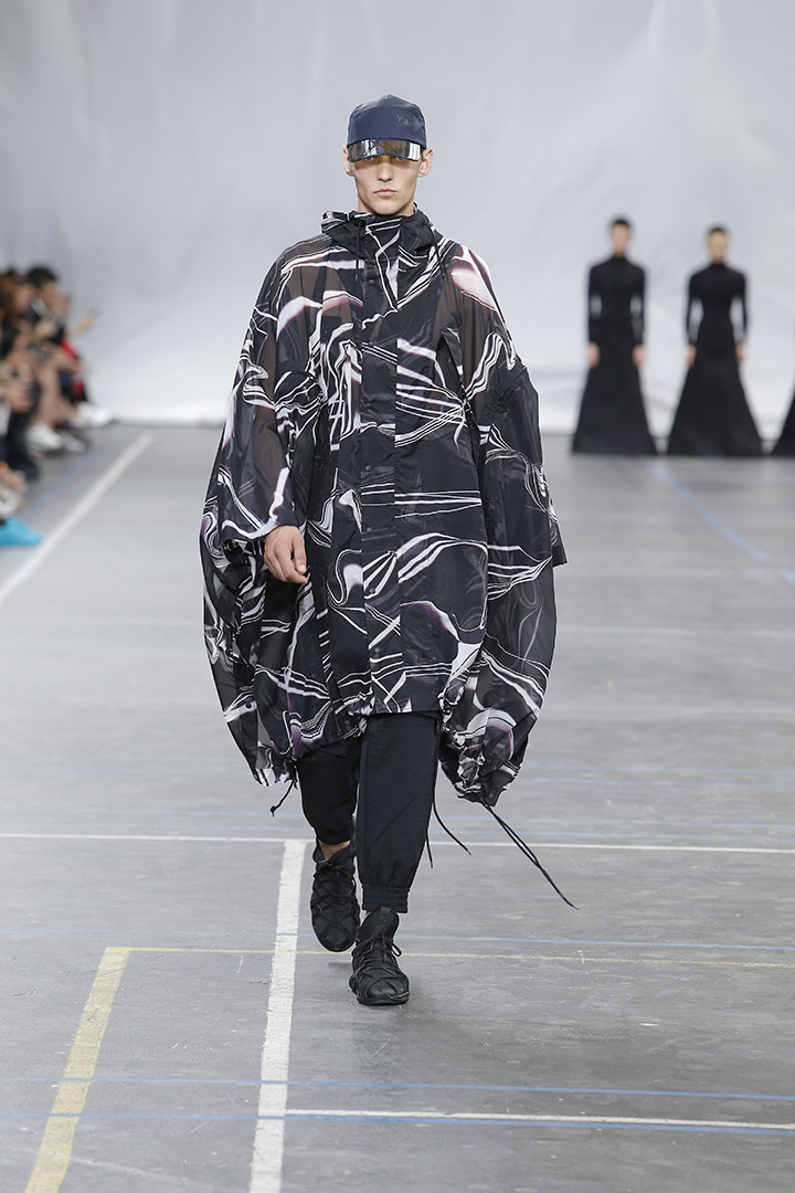 Y-3-SS16-Show-3-STRIPES-IN-MOTION-16