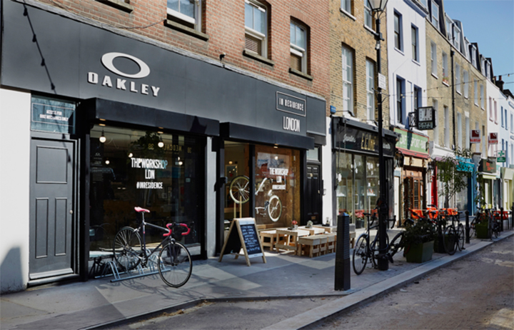 Oakley-opens-pop-up-cycling-workshop-in-London-02