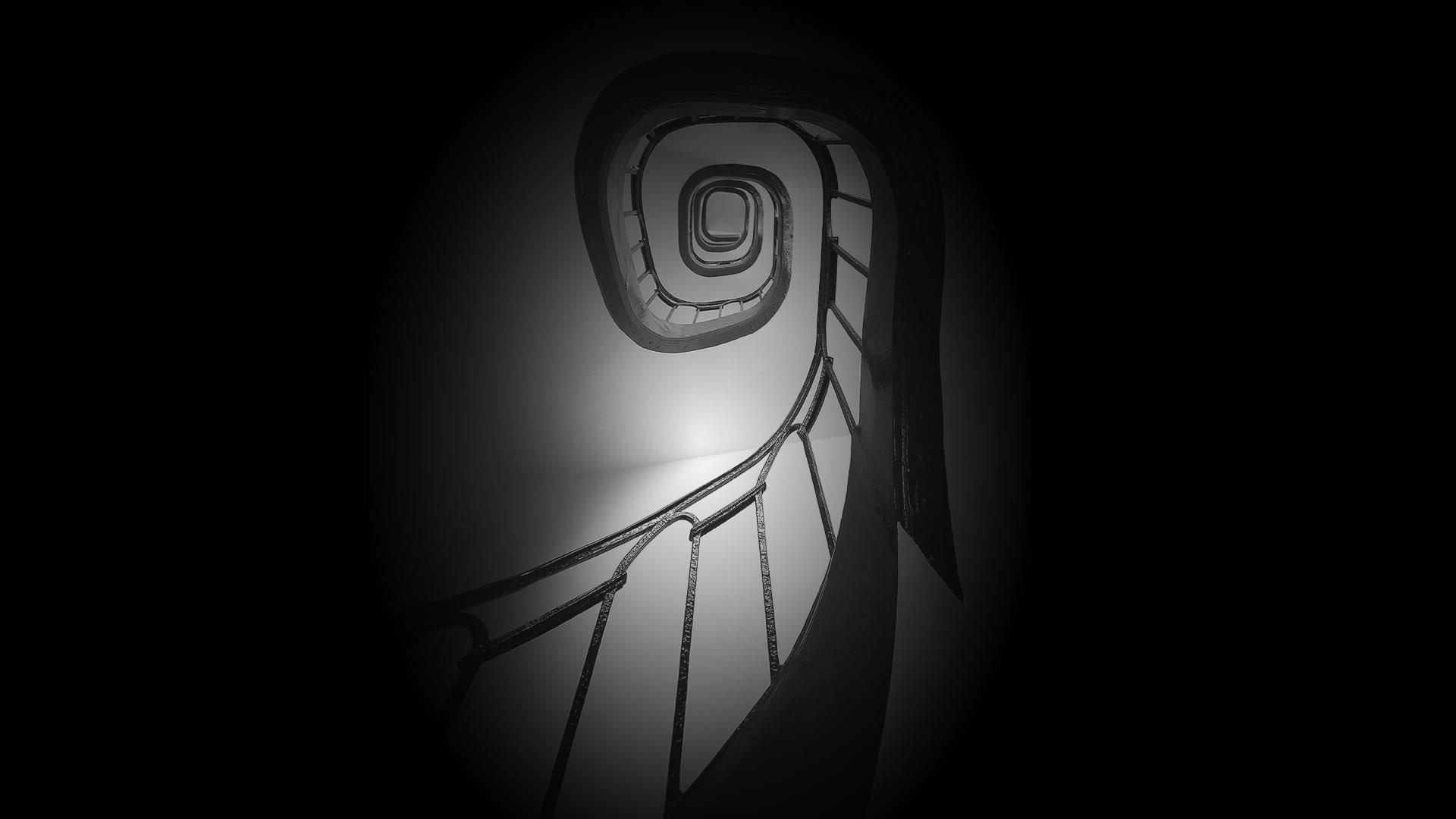French-Spiral-Staircase-Slider