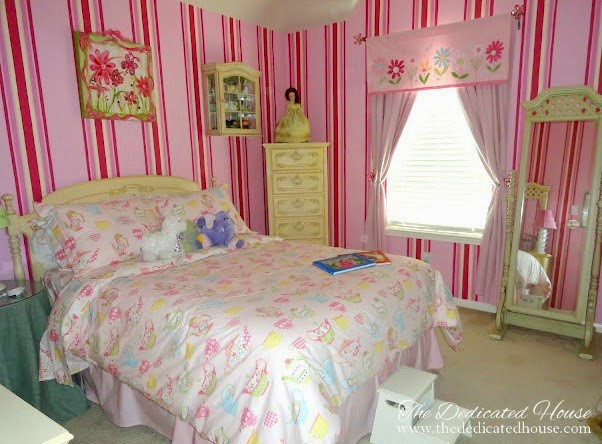 ChloesBedroom1