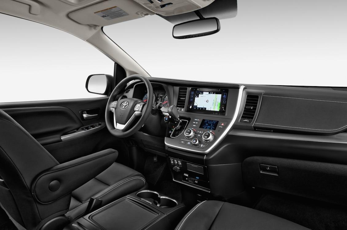 Toyota Pulls Wraps Off New Sienna 2015 Toyota Sienna Se