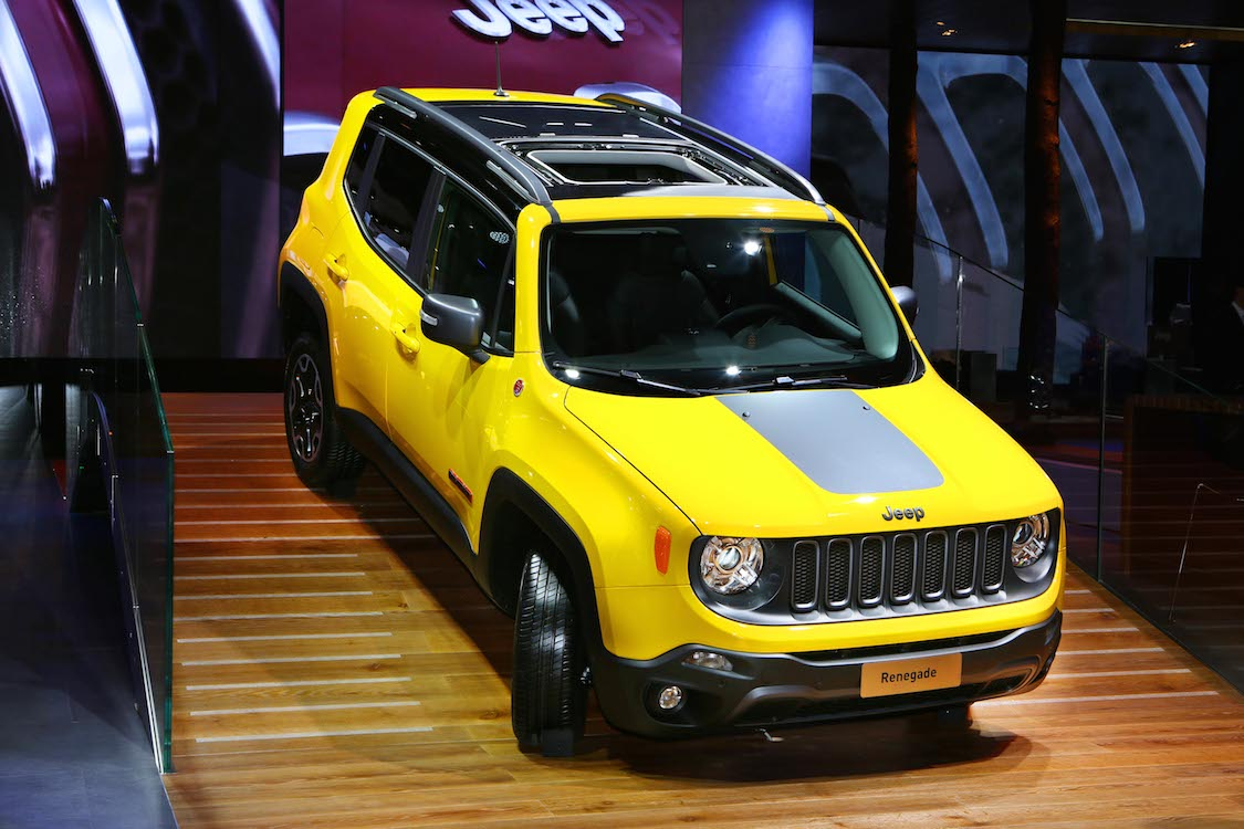 Jeep Treks To Paris To Debut New Off Roaders Jeep Renegade