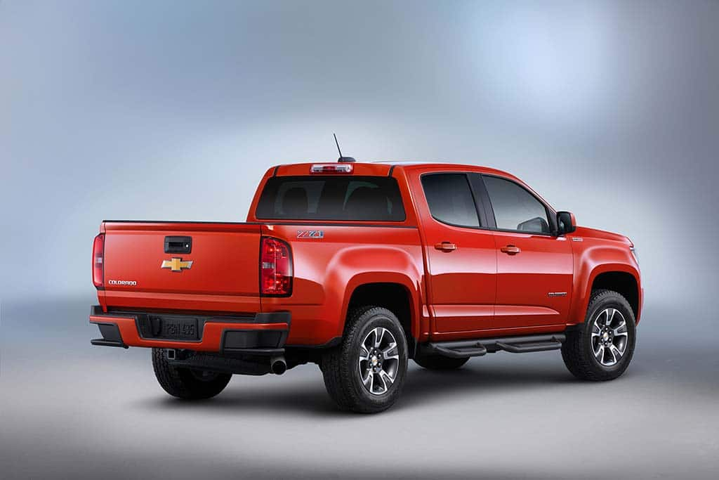 Chevy Rolls Out New 2016 Colorado Diesel TheDetroitBureau
