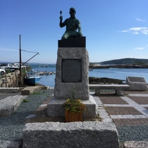 Along the bay is a statue honoring the men who work in the granite quarries.