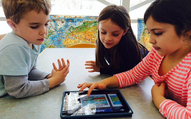 Benefits and Drawbacks of Technology in the Classroom - The Edvocate