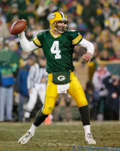 Former NFL QB Brett Favre has admitted that he's experienced memory lapses, an early sign of CTE. ​Photographer: Elvis Kennedy