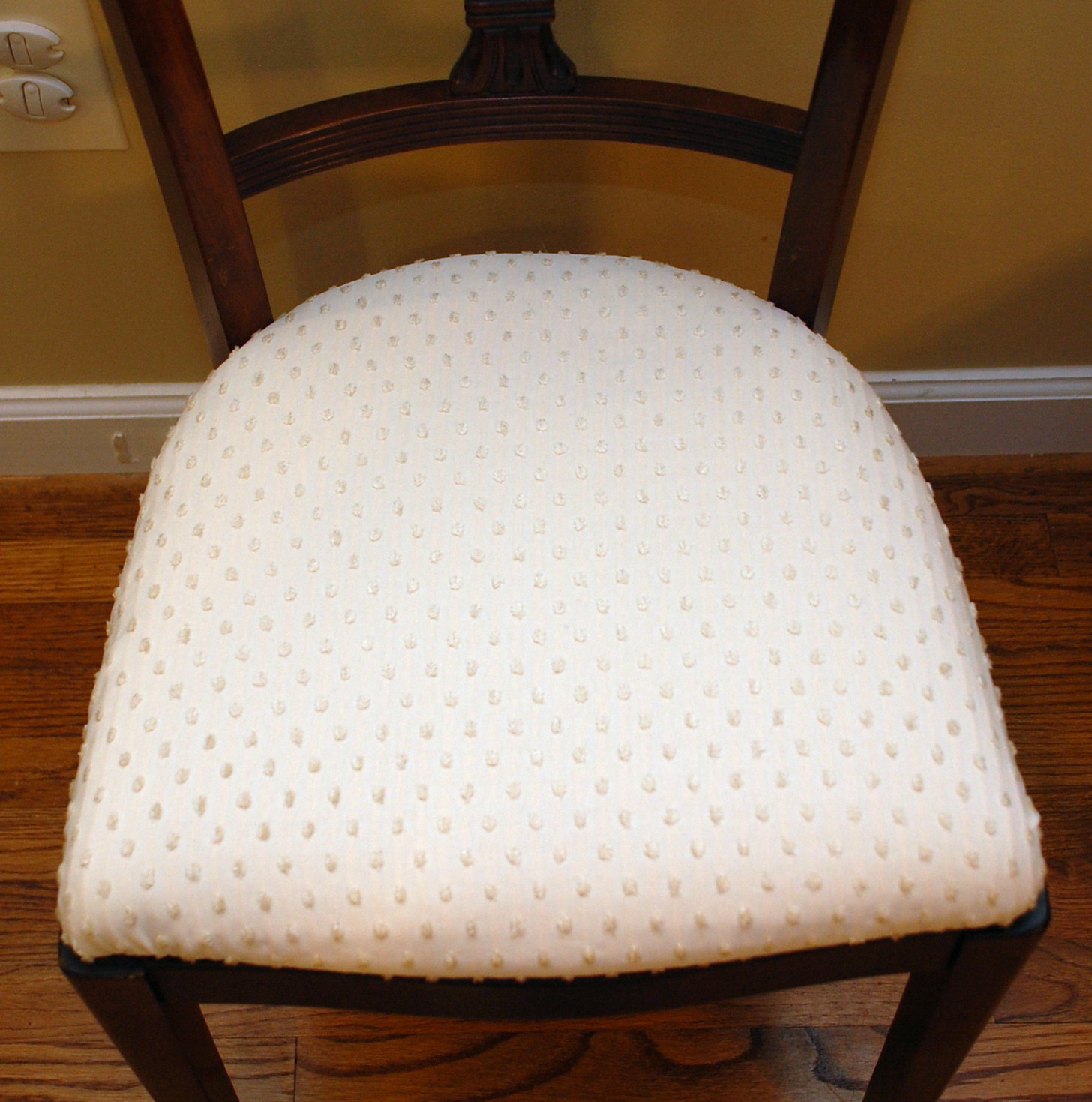 Recovering Chair Cushions With Piping Home Design Ideas