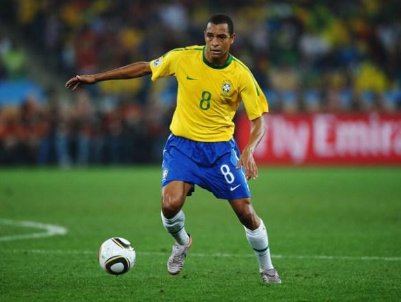 Gilberto+Silva+Portugal+v+Brazil+Group+G+2010+H0aHS9ntrRSl