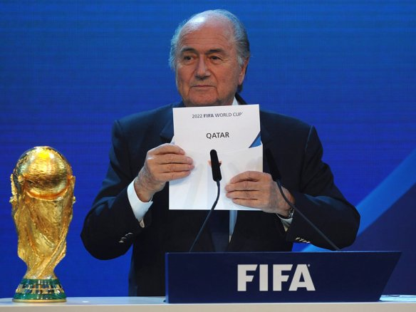 Sepp-Blatter-Qatar-World-Cup-Bid-Announcement_2604488