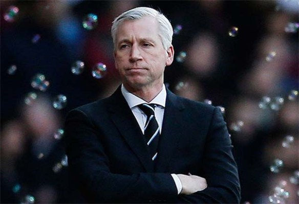 Alan_Pardew_Newcastle_United_NUFC_600_15