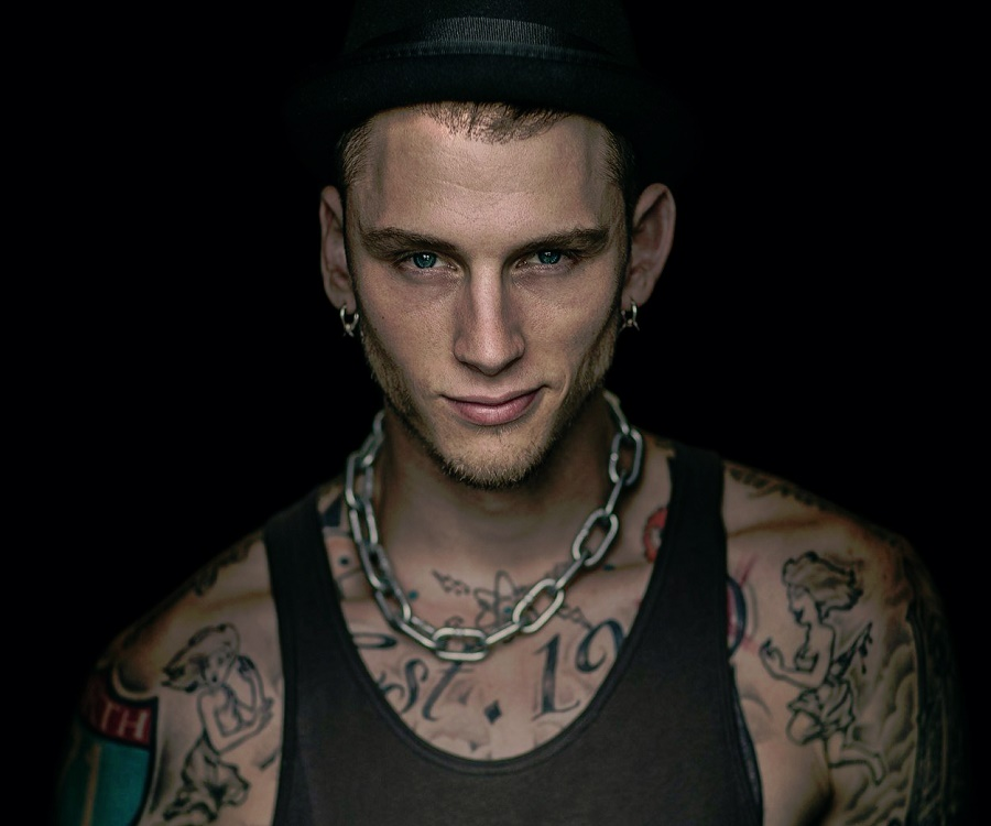 Musical Birthday Quotes Wallpapers Machine Gun Kelly Biography Facts Childhood Family