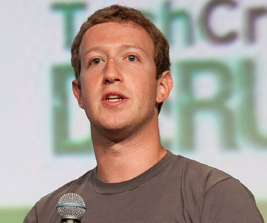 Mark Zuckerberg Biography - Childhood, Life Achievements  Timeline - mark zuckerberg resume