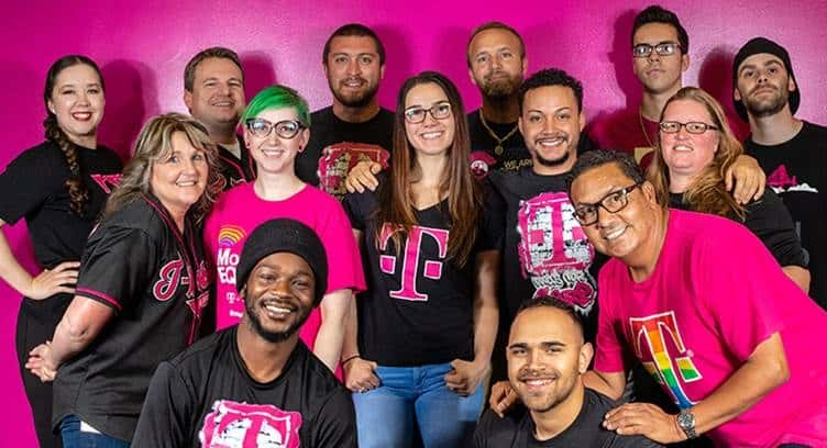 T-Mobile Reinvents Customer Service with \u0027Team of Experts\u0027 - A Human