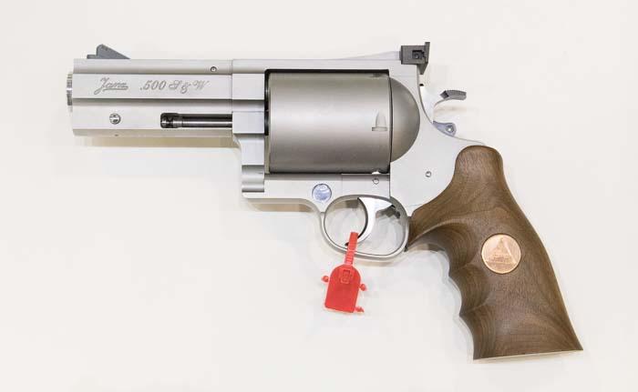 Fixed Gear Wallpaper Iphone Janz 500 S Amp W Magnum Revolver Shot 2017 The Firearm Blog