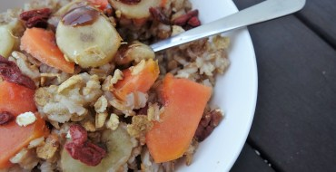Porridge de seigle fruits frais thefitnesstheory