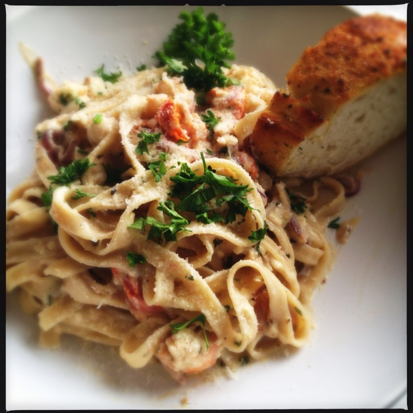 Lobster Pasta With Garlic Bread
