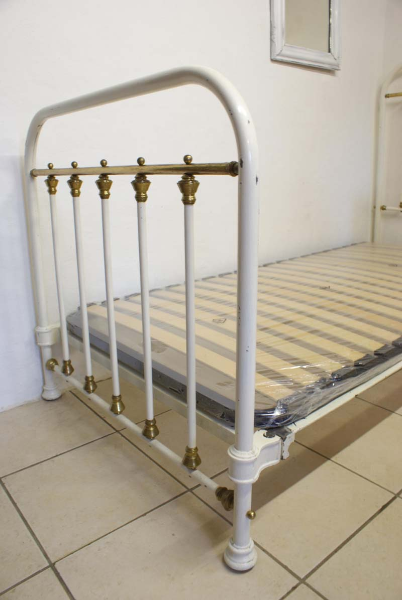 Antique french iron bed -  Antique French Single Cream Iron Brass Bed 3ft Includes Base Sold Download