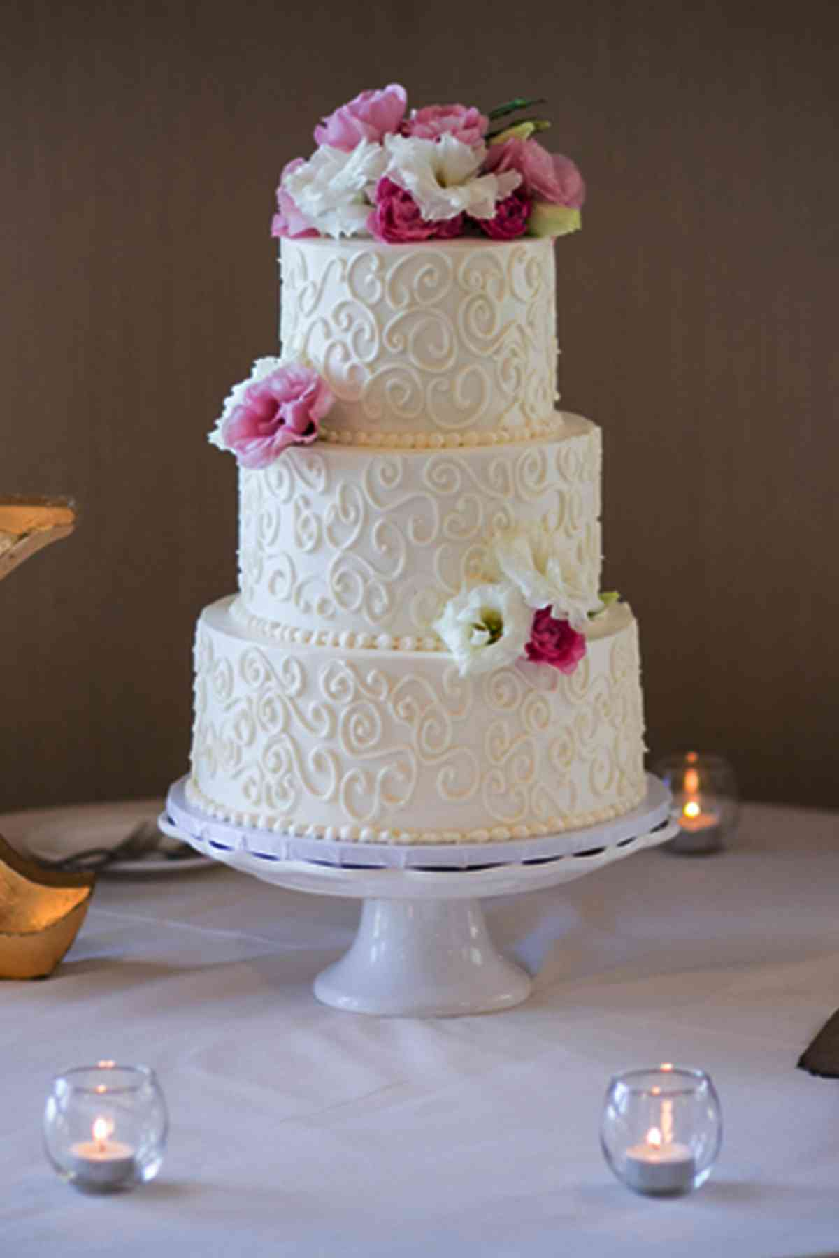 Sweet Swirls French Gourmet Wedding Cakes Pinterest Wedding Cakes 1 Tier Wedding Cake Pearls Wedding Cake wedding cake Simple Wedding Cakes